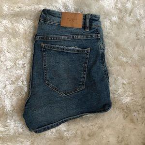 ZARA midrise Jean shorts